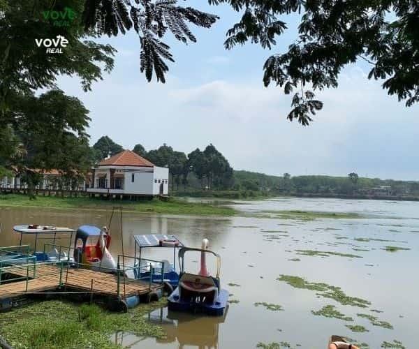 Bán Biệt thự siêu đẹp ven hồ Bàu Sen – Xà Bang – Châu Đức