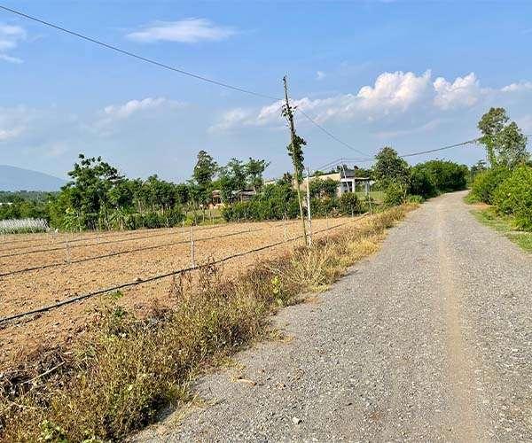 D044 - Bán đất 9710m2 mặt tiền dài 83m, có sẵn 300m thổ cư giá 6 tỷ tại Xuân Tây, Cẩm Mỹ, Đồng Nai
