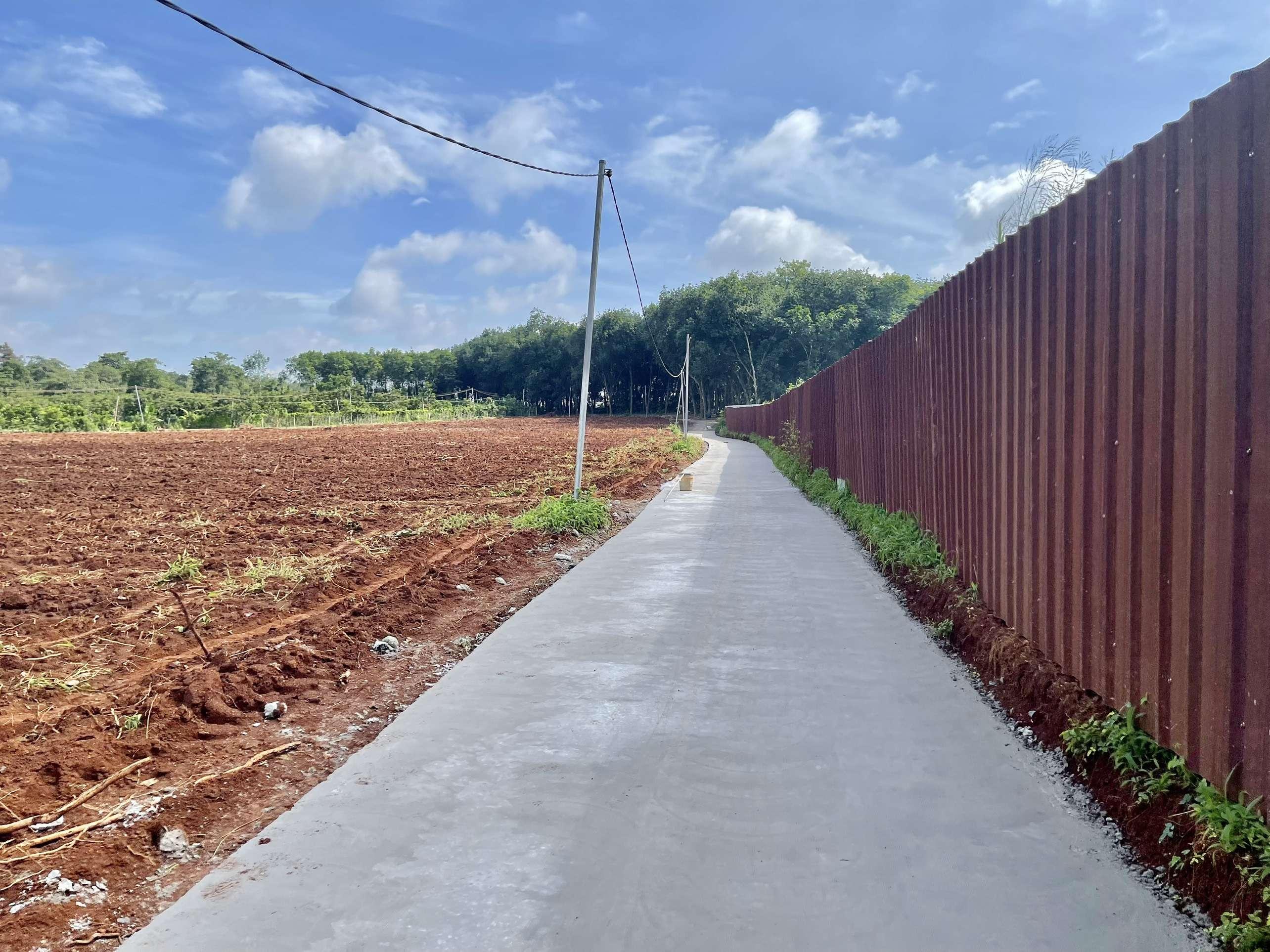 D067 - [ĐẦU TƯ SINH LỜI CAO ] Cần bán đất 24197m2 có mặt tiền dài hơn 500m, có sẵn 300m2 thổ cư cách DT764 chỉ 1.5km giá 14.52 tỷ tại Bảo Bình, Cẩm Mỹ, Đồng Nai